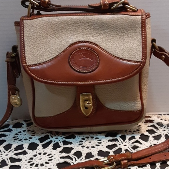 Dooney & Bourke Handbags - Dooney & Bourke Crossbody